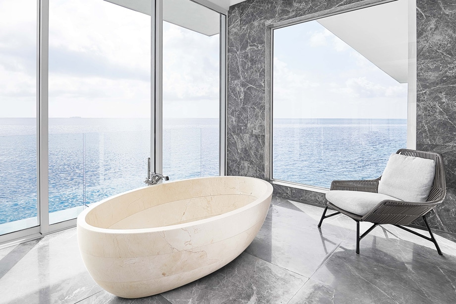 THE MURAKA Overwater Master Bathroom bathtub - ALO Magazine