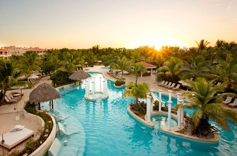 Melia Caribe Tropical Swimming pool Gabi Club - ALO Magazine